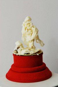 05 b Milchhautskulptur Roland von Bremen